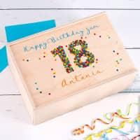 Geschenkverpackung aus Holz zum 18. Geburtstag