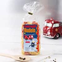Feuerwehrauto-Nudeln für kleine Feuerwehrmänner mit Wunschname