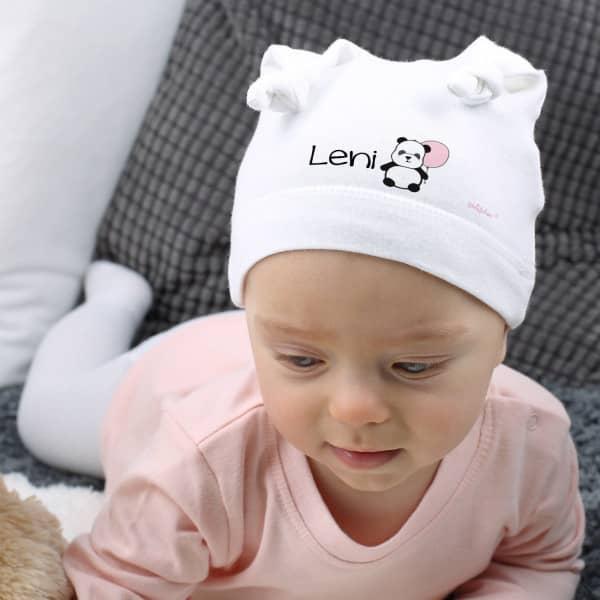 Babymütze mit süßem Panda und Namen