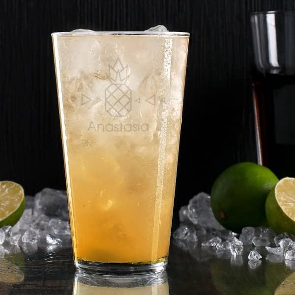 Trinkglas mit Origami-Ananas und Wunschname