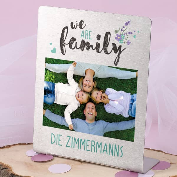 Edelstahl Foto Tischaufsteller - we are family - mit Wunschtext 14 x 17 cm