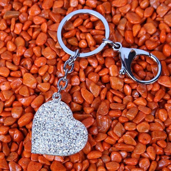 Schlüsselanhänger aus Metall Herz
