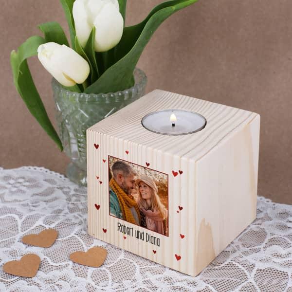 Teelichthalter zum Valentinstag aus Holz