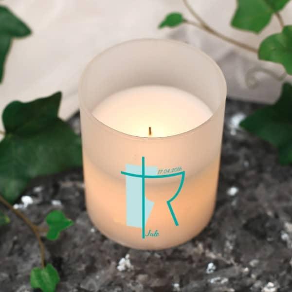 LED Kerze mit Kelch und Kreuz