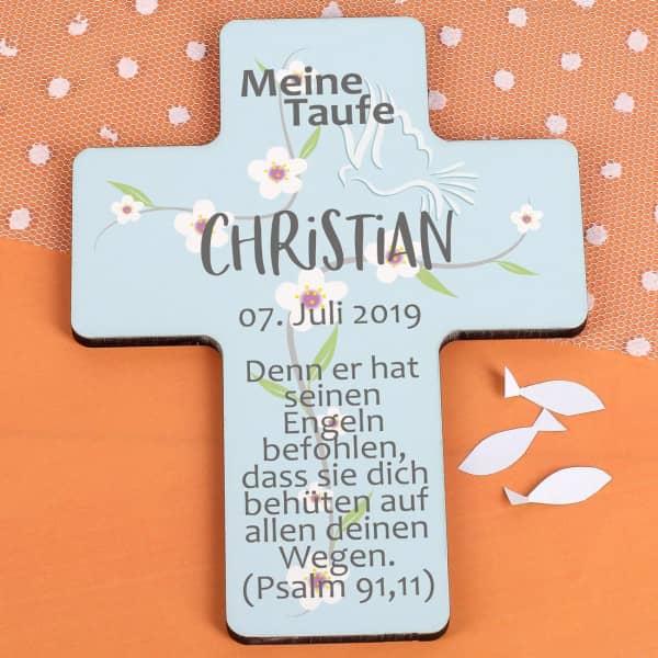 Taufkreuz für Jungen und Mädchen in hellblau mit Blumenranke, Datum, Name und...