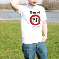 Ausgefallenes T-Shirt zum 50. Geburtstag mit Namen