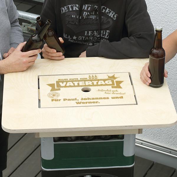 Bierkasten-Tisch zum Vatertag - mit persönlicher Gravur