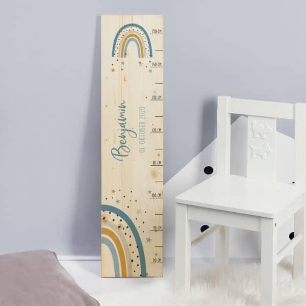 Messlatte bedruckt mit Name und Datum aus Holz