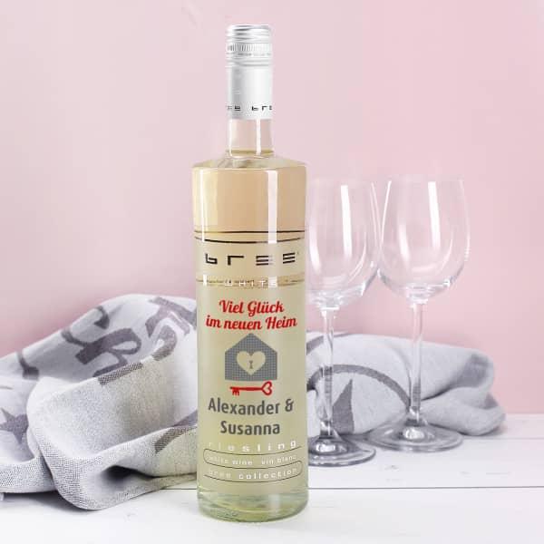 Weißwein Einzugsgeschenk mit Namen