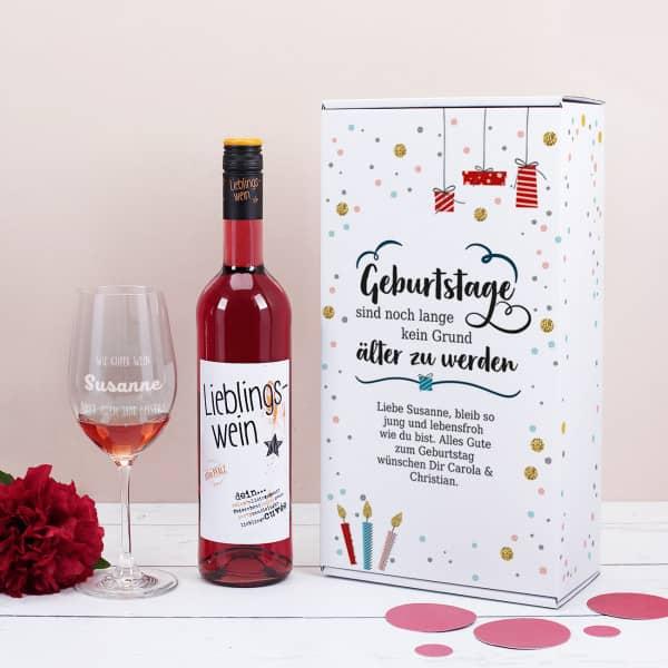 Wein-Set zum Geburtstag mit graviertem Glas in weißer Geschenkbox
