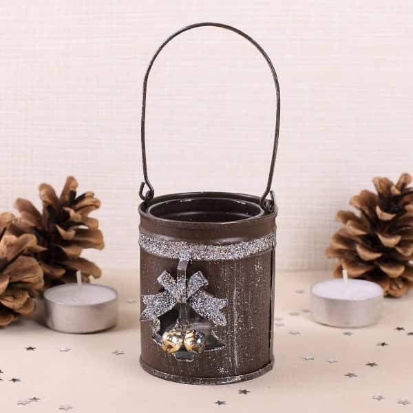 Weihnachts-Teelichthalter aus Metall und Glas