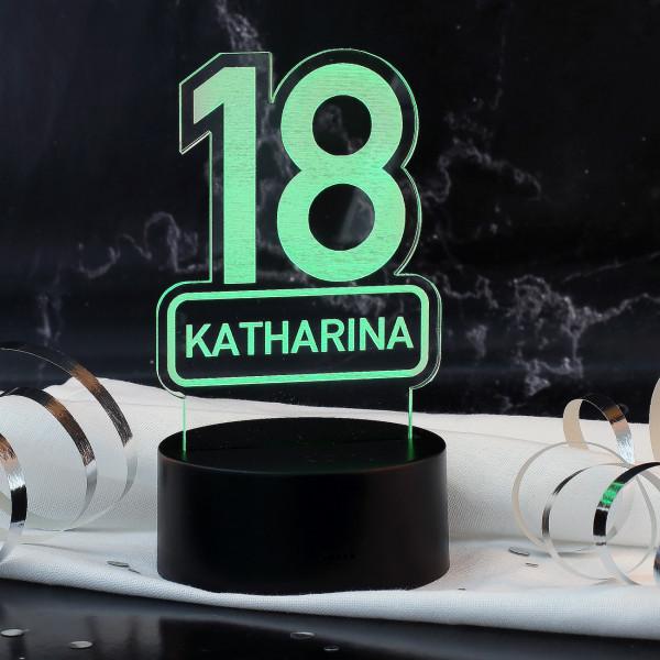 Farbwechsel LED-Lampe mit graviertem Namen zum 18. Geburtstag