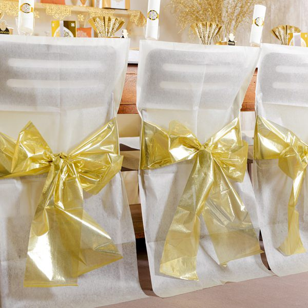 4 Stuhlhussen aus Vlies in Creme mit Schleife in Gold Metallic