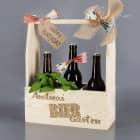 Flaschenträger als DIY Biergarten mit persönlicher Gravur