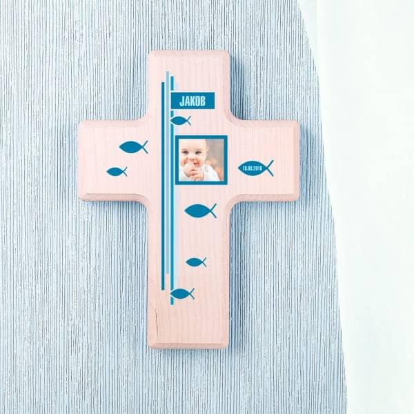 Holzkreuz zur Taufe für Jungen bedruckt mit Foto, Name und Datum