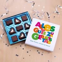 Pralinen zum Geburtstag mit Ihrem Wunschtext, 100g Lindt Hello Chocolate Bits