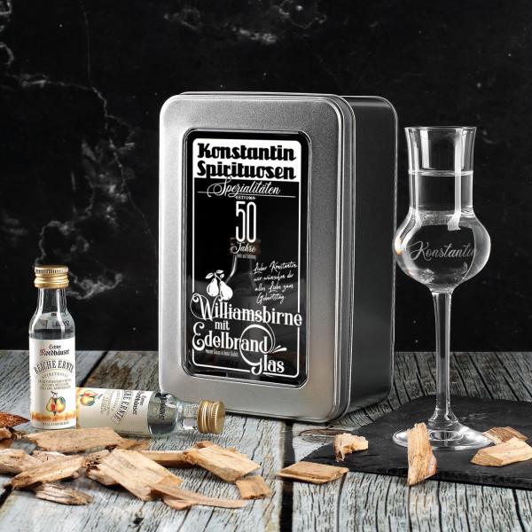Williamsbirne Schnaps mit graviertem Schnapsglas in bedruckter Metallschachtel als Geschenkverpackung