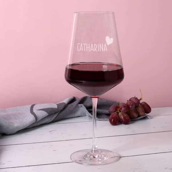 Leonardo Weinglas mit Name und kleinem Herz graviert