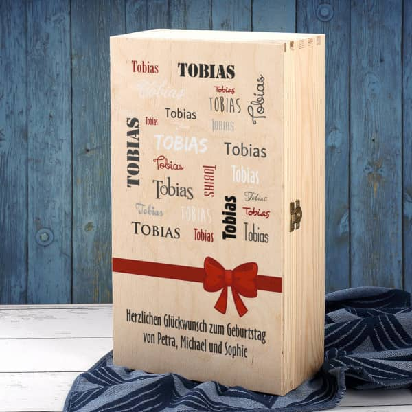 Bedruckte Holzbox mit Name und Wunschtext als Geschenkverpackung