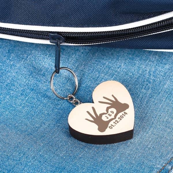 Holz-Herz als Schüsselanhänger mit Gravur