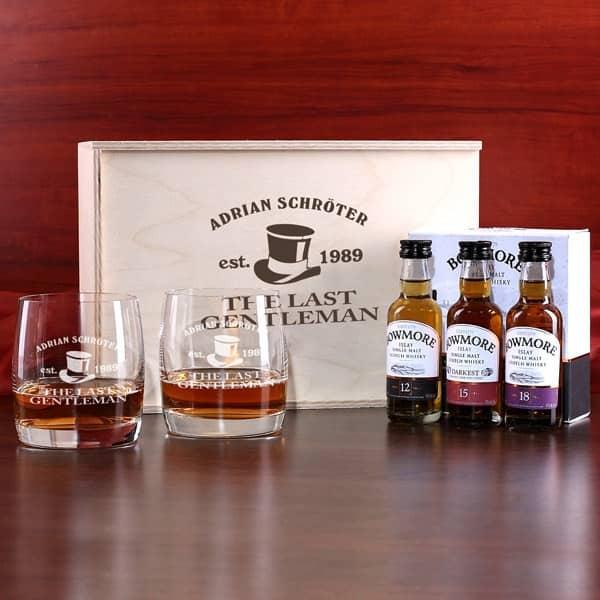 3 Variantionen Bowmore Whisky, 2 gravierte Gläser und bedruckte Geschenkbox