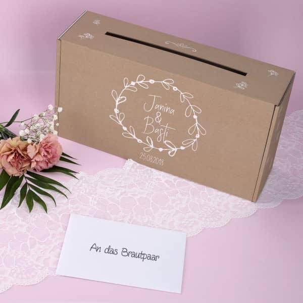 Bedruckte Briefbox zur Hochzeit mit Namen und Datum