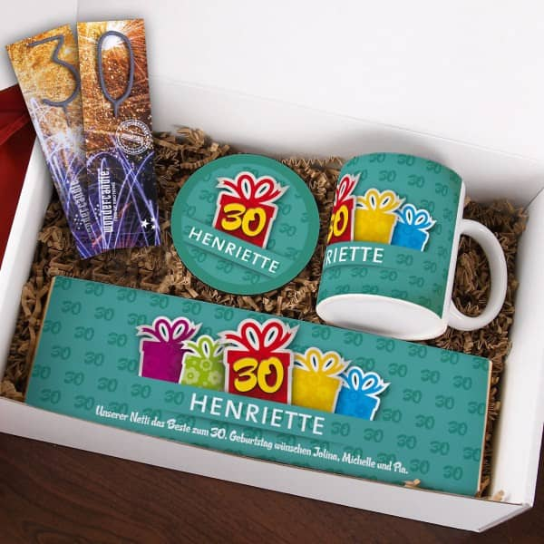 Gefüllte Geschenkbox zum 30. Geburtstag