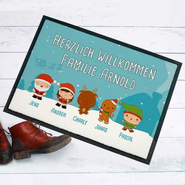 fu matte mit weihnachtlichen figuren ihren namen und. Black Bedroom Furniture Sets. Home Design Ideas