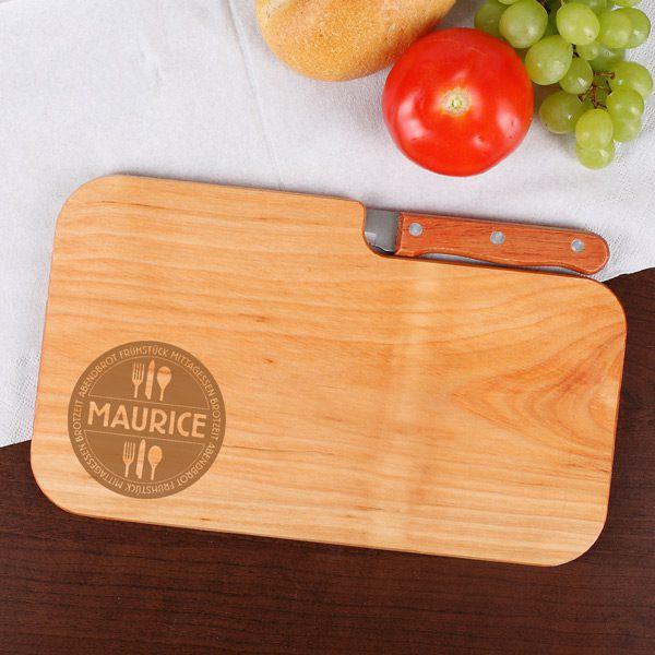 Holzbrett mit integrierten Messer, Gravur und mit Namen