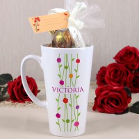 Genießertasse mit Frühlingsmotiv und Schokoladeninhalt