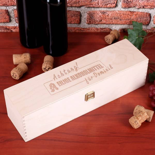 Geschenkbox zum Geburtstag *Eilige Alkoholmittel* mit Namen