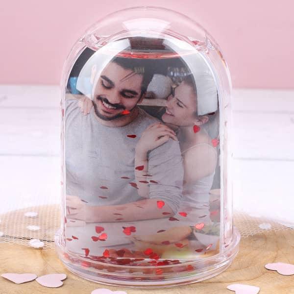 Schneekugel zum Valentinstag mit Ihren zwei Lieblingsfotos