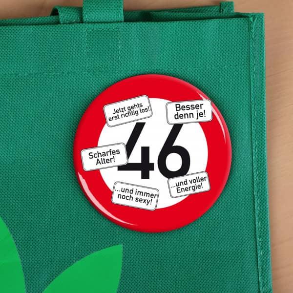 Button zum 46. Geburtstag