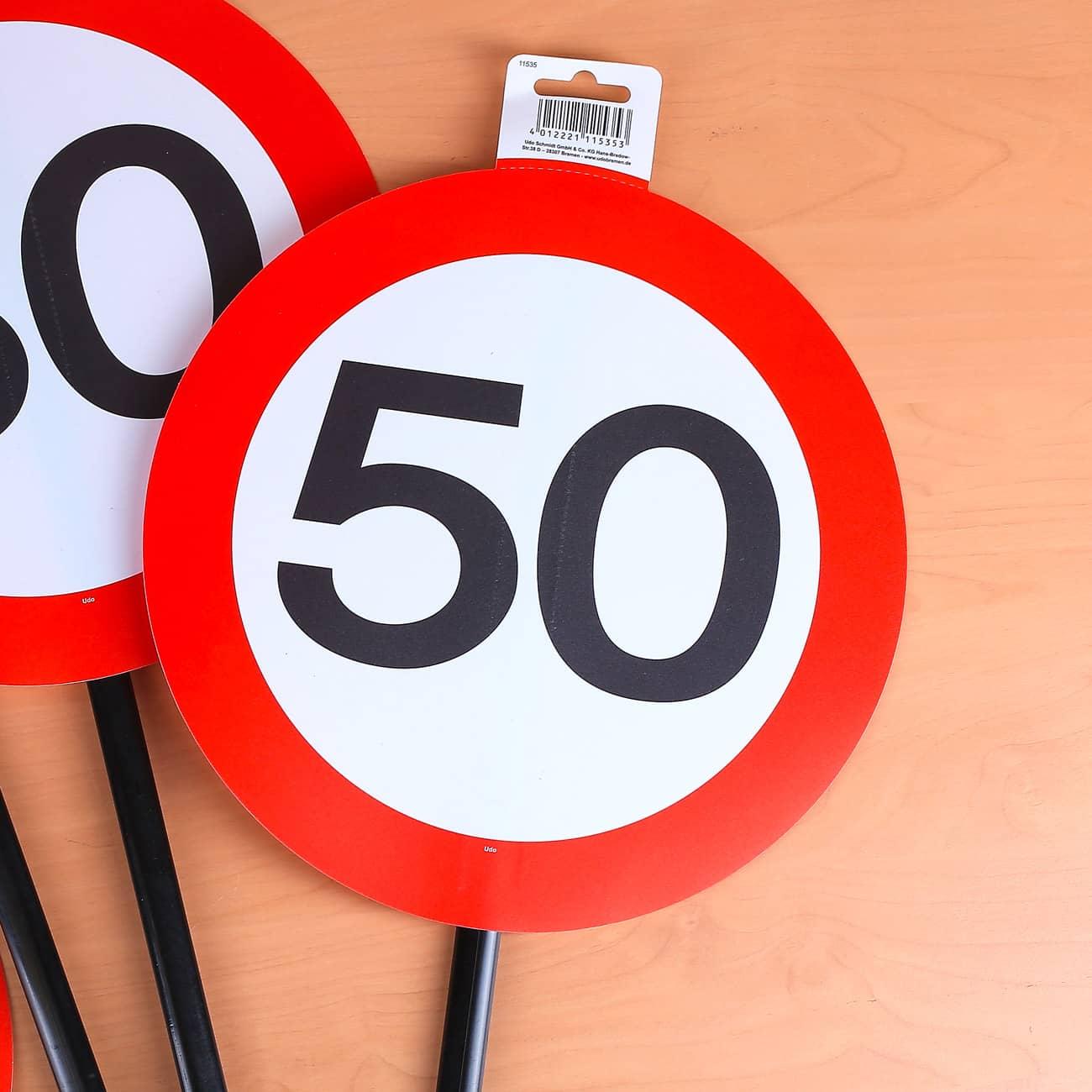 dekoratives Verkehrsschild zum 50. Geburtstag mit Stab