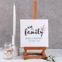 Leinwand - we are family - mit 2 Zeilen Wunschtext, 20 x 20 cm