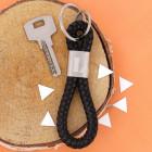 Kordel Schlüsselanhänger mit Initiale graviert
