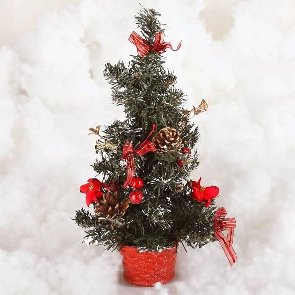 k nstlicher weihnachtsbaum weihnachtsdeko in rot. Black Bedroom Furniture Sets. Home Design Ideas
