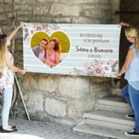 Florales Hochzeitsbanner mit Foto, Namen und Datum