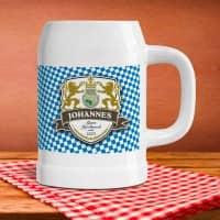 Bierkrug mit eigenem Namen im Löwen-Wappen