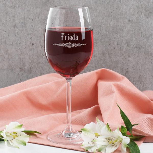 Leonardo Weinglas graviert mit Name im Jugendstil