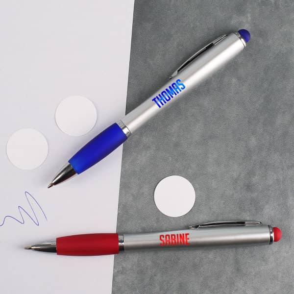 LED Kugelschreiber mit farbigem Licht in rot oder blau