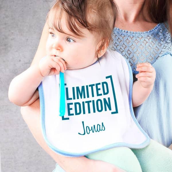 Babylätzchen blau Limited Edition