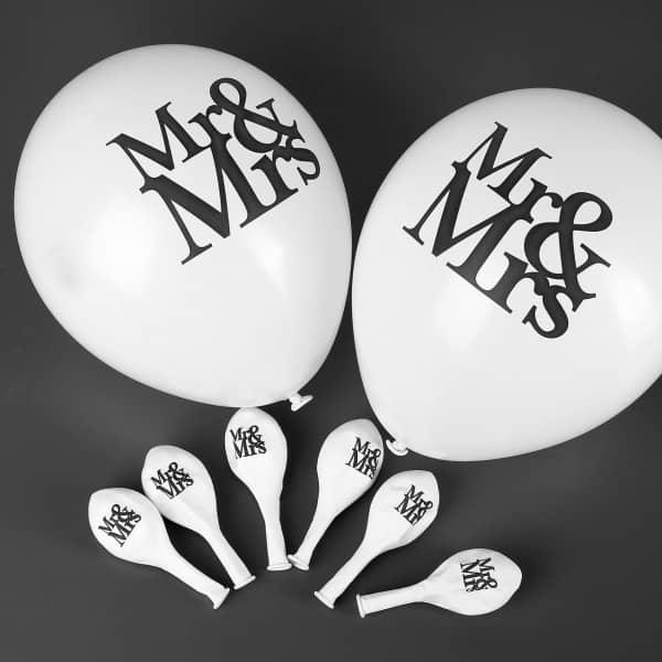 8 Luftballons im Mr & Mrs Design zur Hochzeit