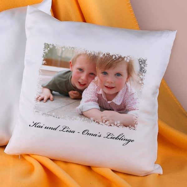 kissen mit ihrem foto und text. Black Bedroom Furniture Sets. Home Design Ideas