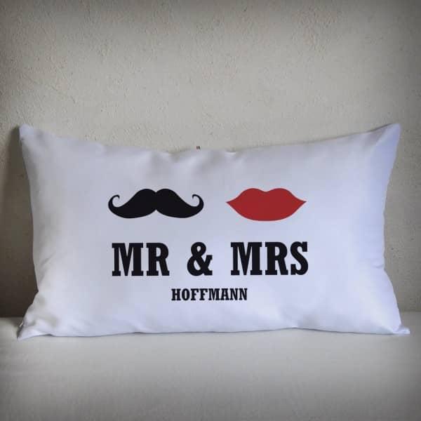 Mr Mrs Familienname Lounge Kissen