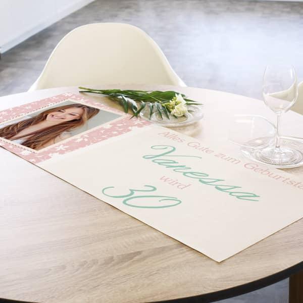 Tischläufer mit Foto, Name und Alter zum Geburtstag
