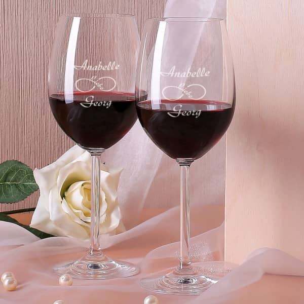 Zwei Weingläser im Set unendliche Liebe