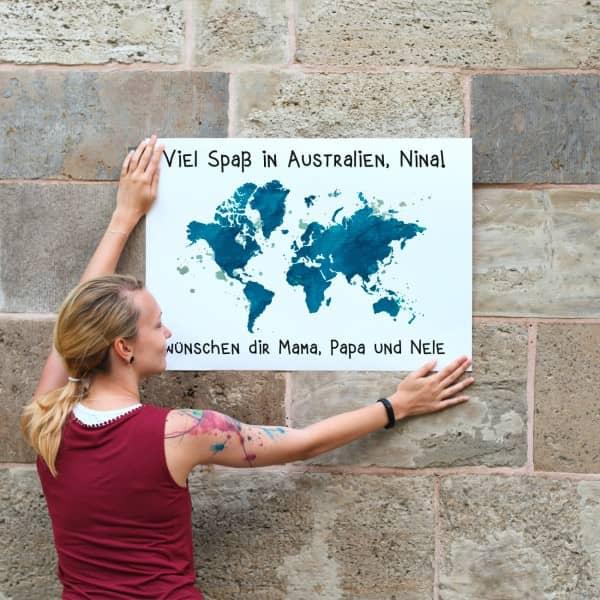 Weltenbummler Banner mit Weltkarte und zwei Wun...