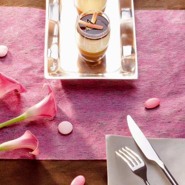 Deko Tischläufer aus Vlies in Pink 1000 cm x 30 cm