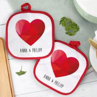 Topflappen mit polygonalem Herz und Namen
